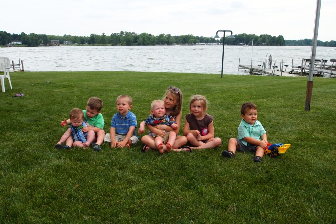Some of the cousins,  Linda's grandkids...there are a ton of cousins all together.